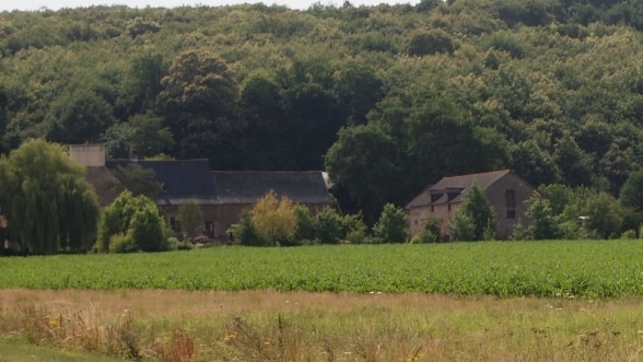 French farmhouse picture