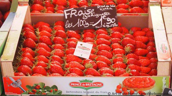 French Farmers Market Pictures of Strawberries