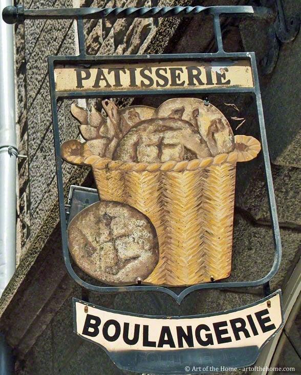 Fraisier in French Patisseries