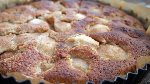 Almond Pear Pie
