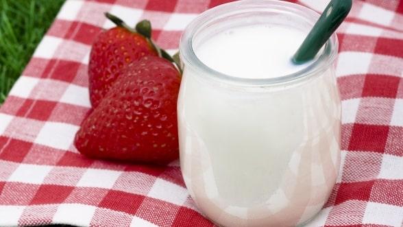 """Top 5 reasons to eat yogurt"""